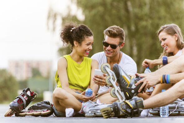Buscar candidatos para un noviazgo: tu mejor amigo. Él segurament...