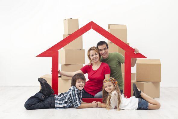 Ventaja de comprar: aumentas tu patrimonio. Las propiedades suelen aumen...