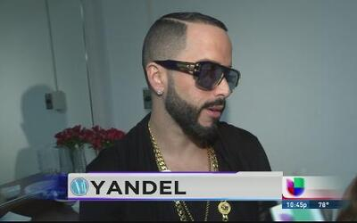 ¿Quién le escoge el vestuario a Yandel?