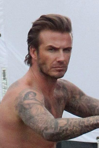 Las poses más sexy de David Beckham.  Mira aquí los videos más chismosos.