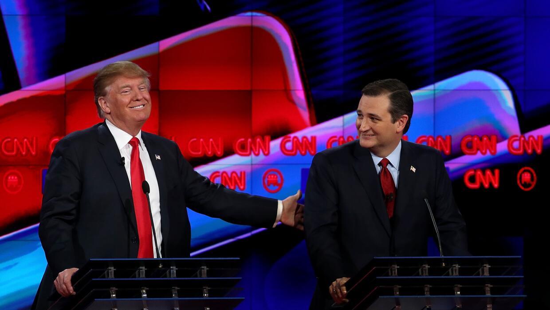 Trump y Cruz exhiben camaradería en el último debate