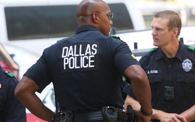 Oficiales de Texas podrían recibir sanciones si no colaboran con las aut...