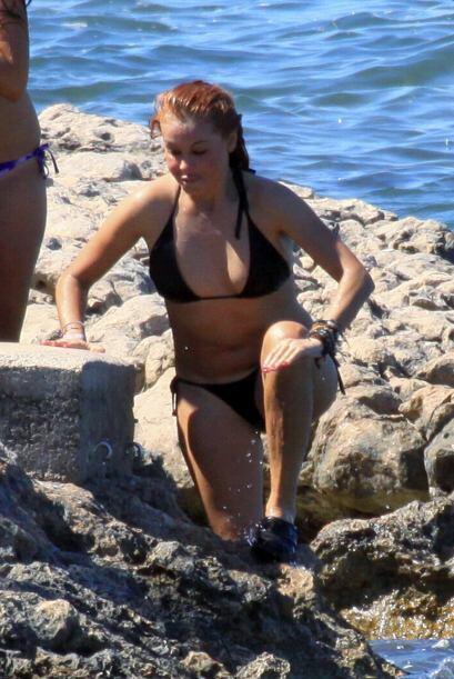 Ella gozó del mar. Mira aquí los videos más chismosos.