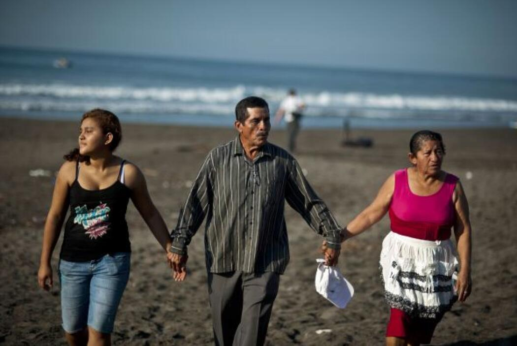 Para ellos, el haber encontrado a José Salvador Alvarenga constituye un...