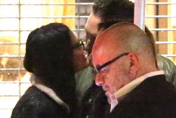 Demi se fue a un bar con Sean Friday, y se pusieron muy cariñosos...