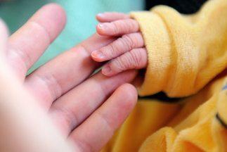 Las tasa de natalidad para mujeres en edad fértil subió a casi 63nacimi...