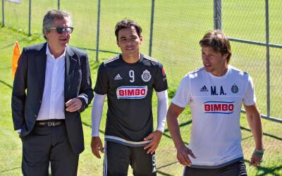 Jorge Vergara, Omar Bravo y Matías Almeyda.