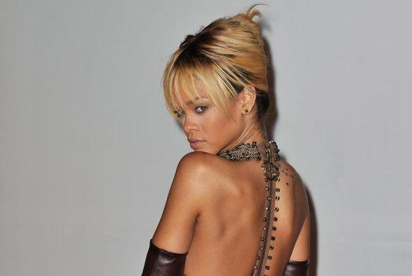 Tanta fiesta y trabajo mandaron a Rihanna con los doctores en 2012.