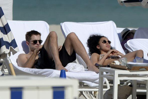 Esta vez la parejita eligió las playas de Miami para relajarse.