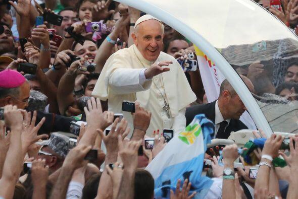 10. Otra de las historias del Papa Francisco qué más emoción causó duran...