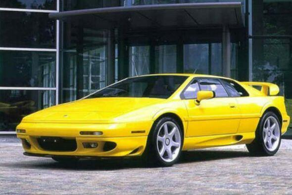 Un coche deportivo Lotus Esprit Turbo por 77 centavos. La esposa del pre...