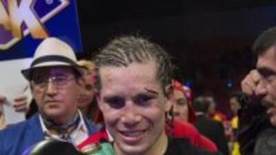 Carlos Cuadras expondrá título supermosca el 13 de noviembre en EUA.