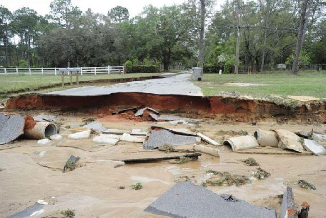 El sistema responsable de los tornados que azotan desde el domingo el ce...