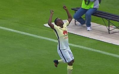 Tras gran pase de Sambueza, Renato Ibarra hace su primer gol con América