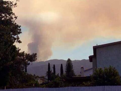 En medio de los pronósticos de calor sin precedentes, un incendio...