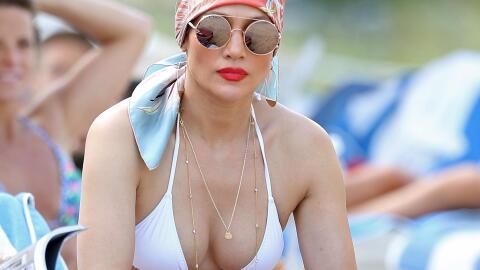 Jennifer disfrutó del buen clima con un bikinazo en Miami.