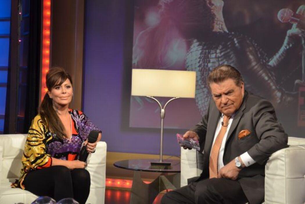 En exclusiva para Sábado Gigante la cantante mostró parte del documental...