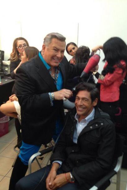 """""""En las manos del mejor @SamyFromMiami desde la Plaza México en LA"""", con..."""