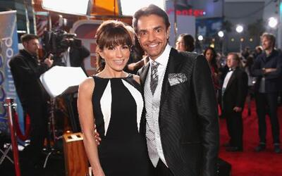 Eugenio Derbez brilló en la alfombra roja de los People's Choice Awards