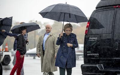 Hillary Clinton llegando al aeropuerto de Westchester, NY