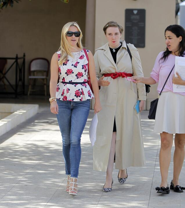 Reese Witherspoon y Lena Dunham