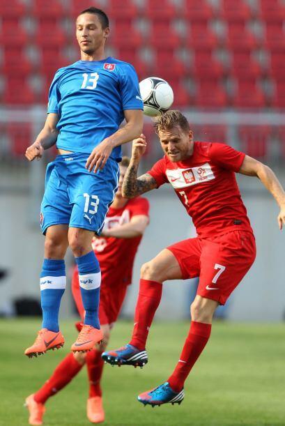 Por más que saltó el eslovaco Filip Holosko no pudo alcanzar la pelota q...