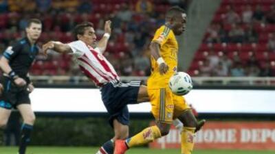 Tigres y Chivas buscarán la punta del Clausura 2015.