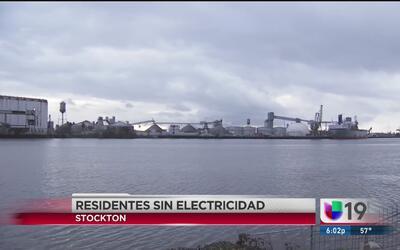 Sin servicio eléctrico en Stockton