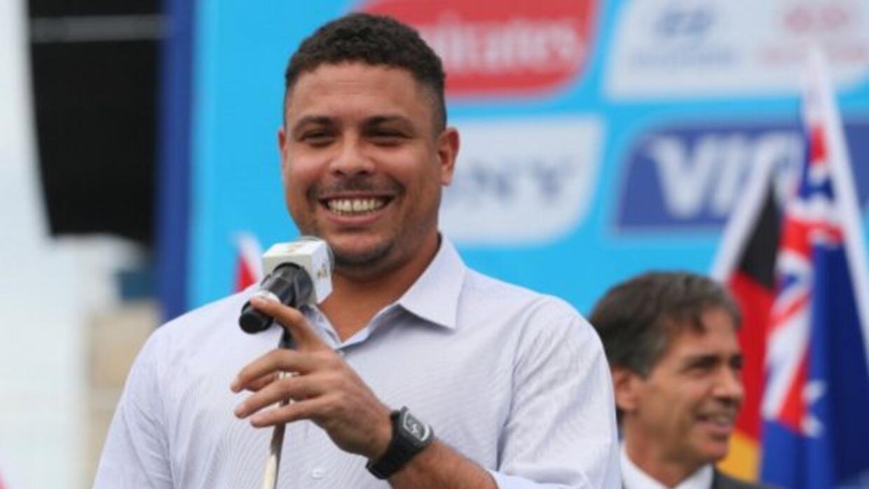 El ex crack brasileño piensa que su tocayo merece ganar el Balón de Oro.