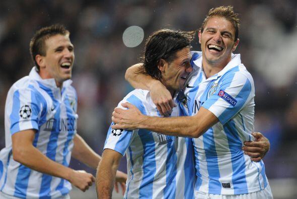 Joaquín hizo otro tanto de penalti y el Málaga ganó por 3-0.