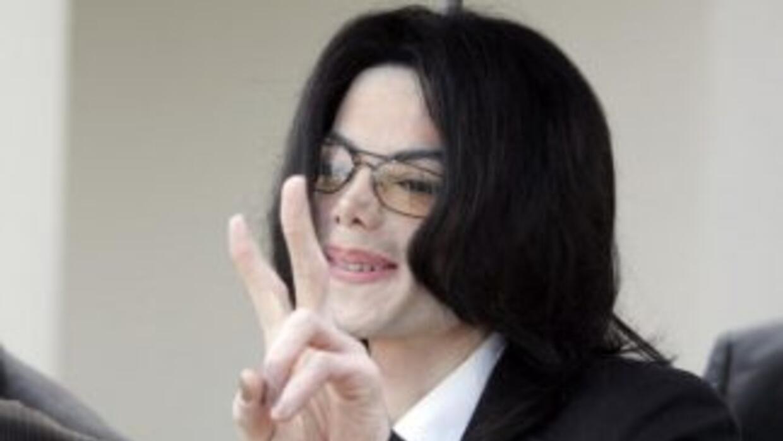 Michael Jackson genera millones de dólares en ganancias después de su mu...