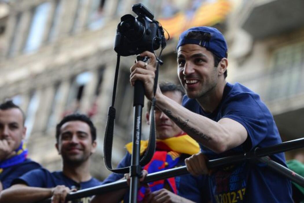 Cesc Fábregas se atrevió a lucir sus dotes como fotógrafo, aunque Xavi s...