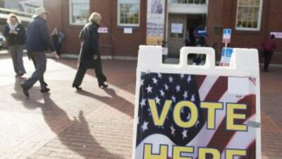Los mayoría de centros de votación del horario central de Estados Unidos...