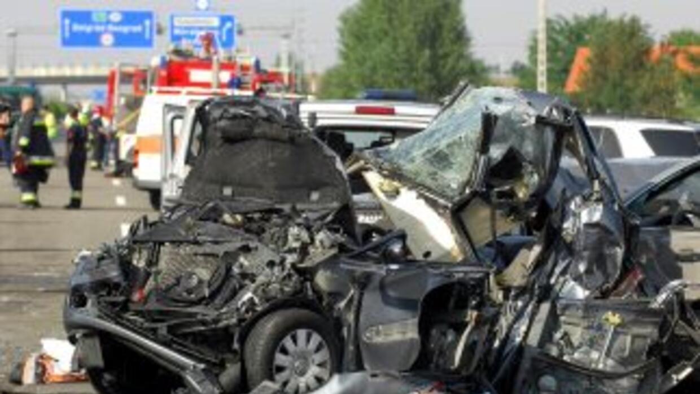 Las seis víctimas de la camioneta, identificadas sólo como inmigrantes l...