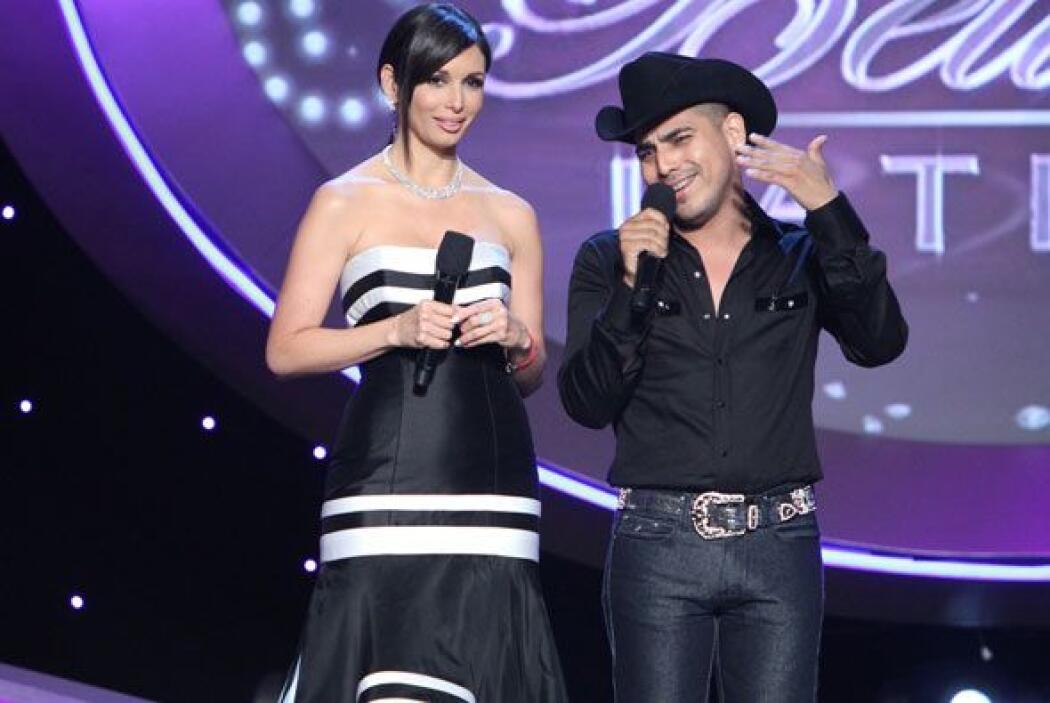 Tan bella se veía la presentadora y conductora que Espinoza Paz se confe...