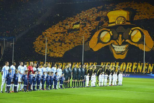 Borussia Dortmund y Malaga jugaron un épico partido que termin&oa...