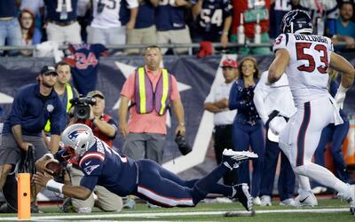 Primer TD del novato QB de los Patriots, Jacoby Brissett