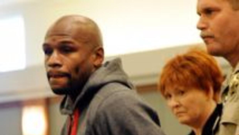 Los abogados afirman que Floyd Mayweather Jr. podría quedar alterado de...