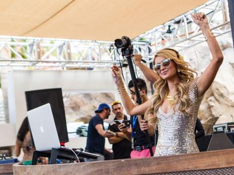 Paris Hilton se presentó en el Hard Rock Hotel & Casino de La...