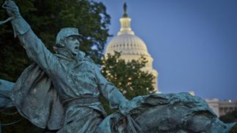 Este lunes la administración Obama cumple siete días sin fondos. Siguen...