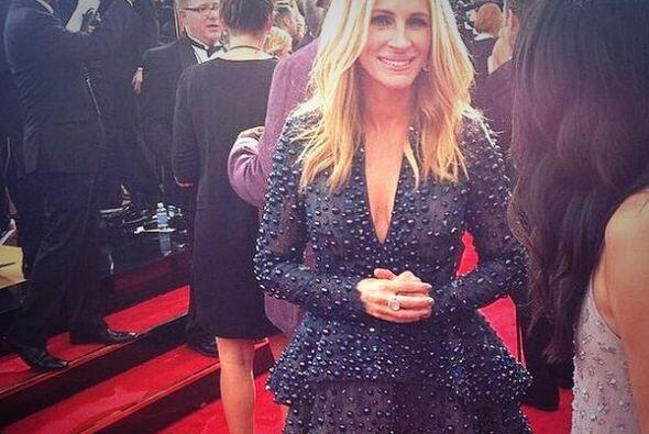 Julia Roberts dio de qué hablar con su 'outfit'. ¿Esta mal ir de vestido...