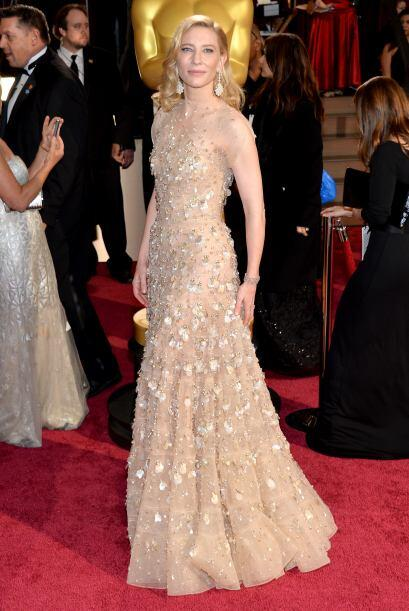 Cate Blanchet siempre una de las mejores vestidas de las alfombras. Un G...