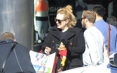 Adele se va de 'shopping'