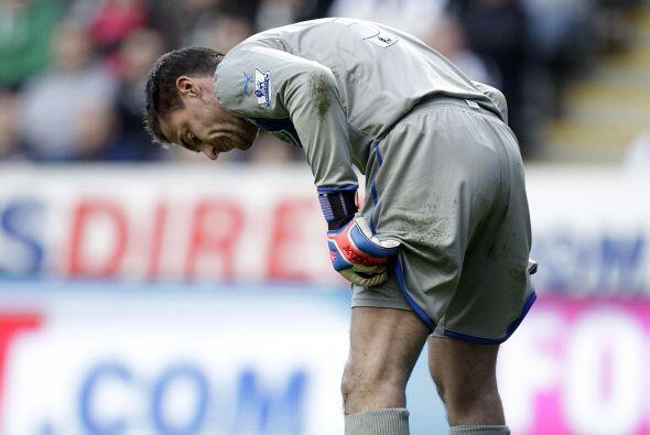 Newcastle fue totalmente superado por la visita y el United consigue ox&...