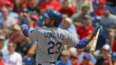 el mexicano Adrián González con palo de tres carreras estuvo entre lo má...