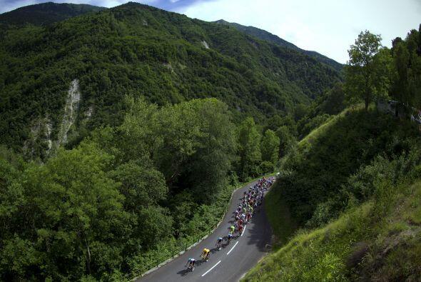 El recorrido fue de 148 kilómetros en los Alpes desde Alvertville hasta...