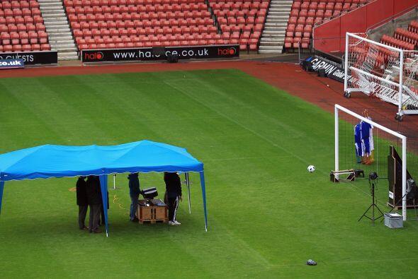 La Premier League ha firmado un contrato de cinco años con la empresa Ha...