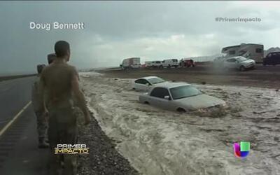 Severas inundaciones en Las Vegas arrastraron varios vehículos