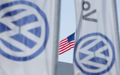Una tienda de Volkswagen en San Diego, California. La empresa vendi&oacu...