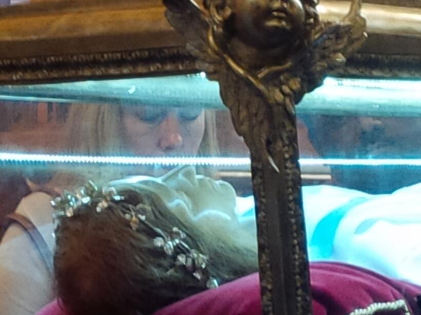 Escultura de Santa María Goretti estará visitando varias iglesias de Chi...
